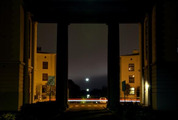 Bilde i Knud Graahs gate på natta